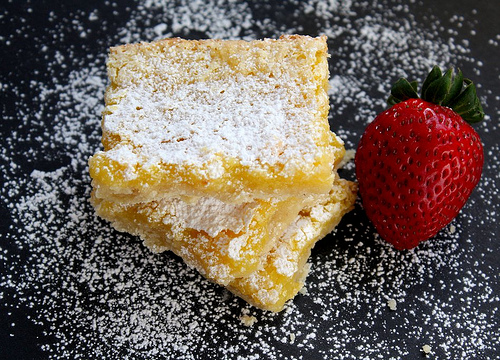 Lemon bars dusted with powdered sugar