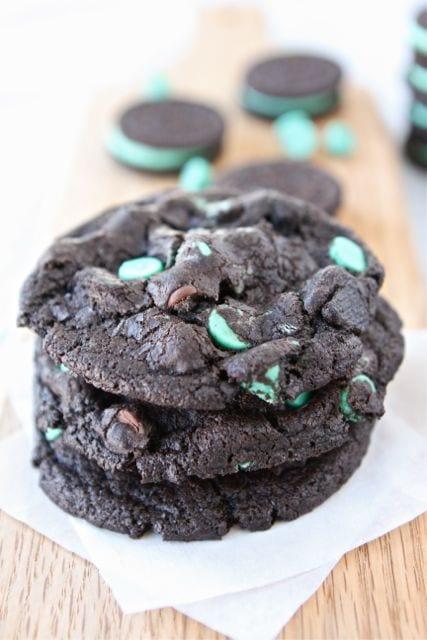 Chocolate Mint Oreo Cookies | Two Peas & Their Pod