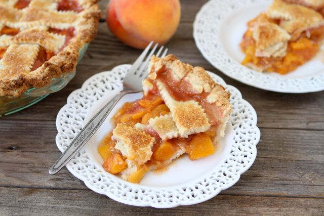 How to make peach pie from the crust to the peach pie filling