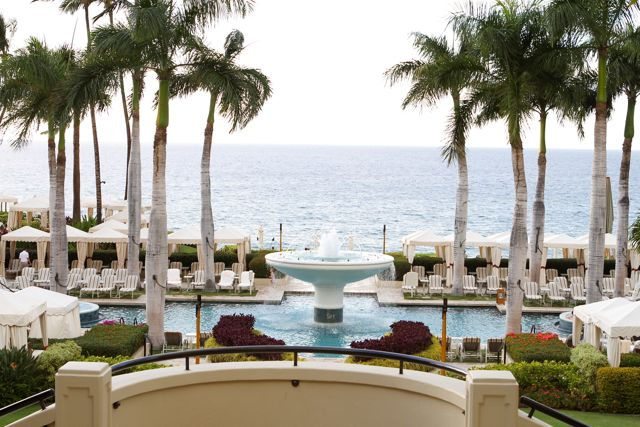Four Seasons Maui Resort | www.twopeasandtheirpod.com
