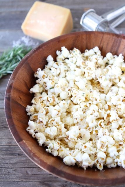 Garlic-Rosemary-Parmesan-Popcorn4