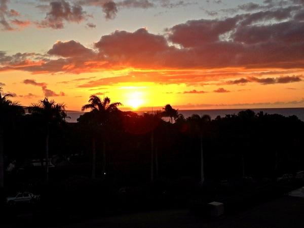 sunset-four-seasons-maui
