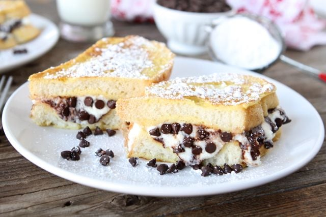 cannoli-stuffed-french-toast