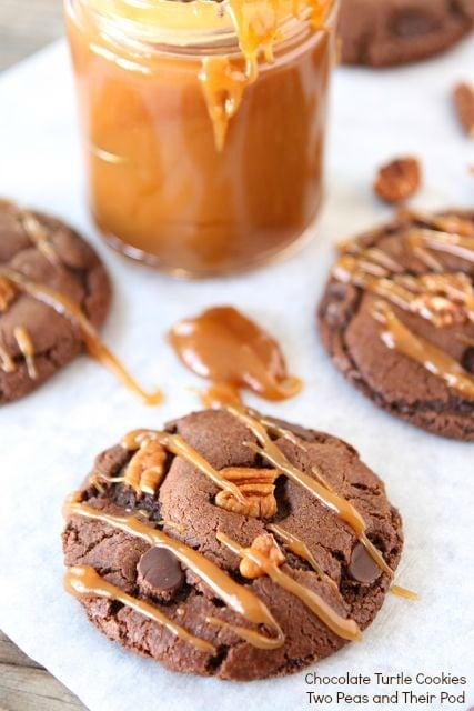 chocolate-turtle-cookies4