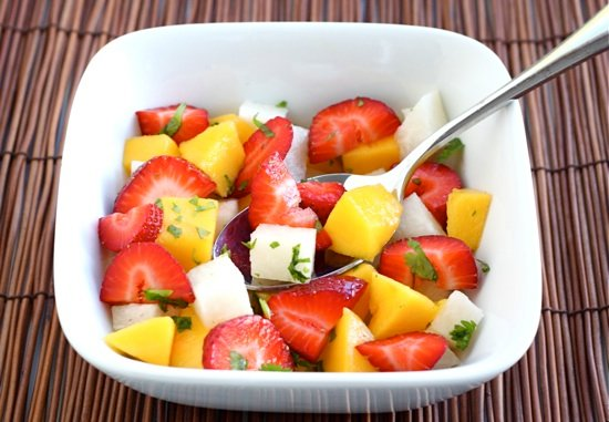 Healthy Summer Salads - strawberry mango salad