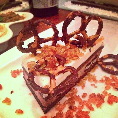 brownie-crunch-cake