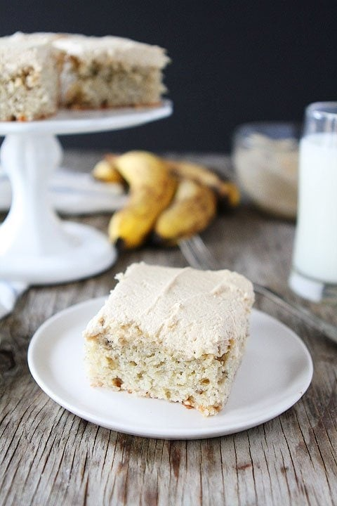 Easy banana cake recipe to use old bananas