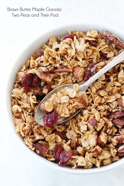 Brown Butter Maple Granola Recipe on twopeasandtheirpod.com. LOVE this homemade granola recipe! #recipe #granola