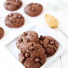 Chocolate peanut butter cookies with no flour (gluten free)