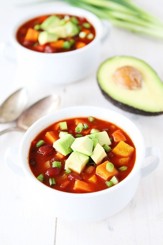 Slow Cooker Vegan Sweet Potato Chili Recipe