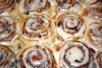Best recipe for homemade cinnamon rolls Great for breakfast, brunch, and holidays