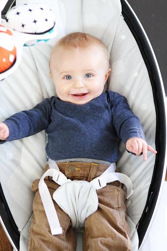 mamaRoo infant seat photo