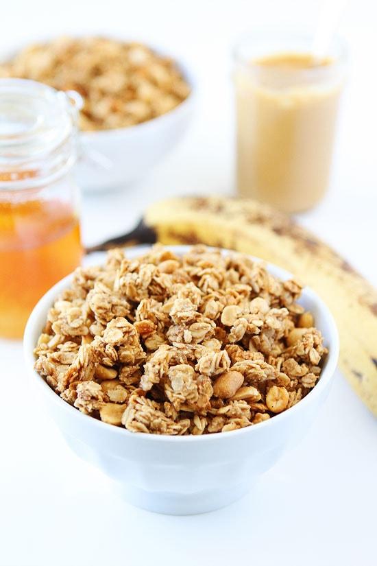 Peanut Butter, Banana, and Honey Granola Recipe