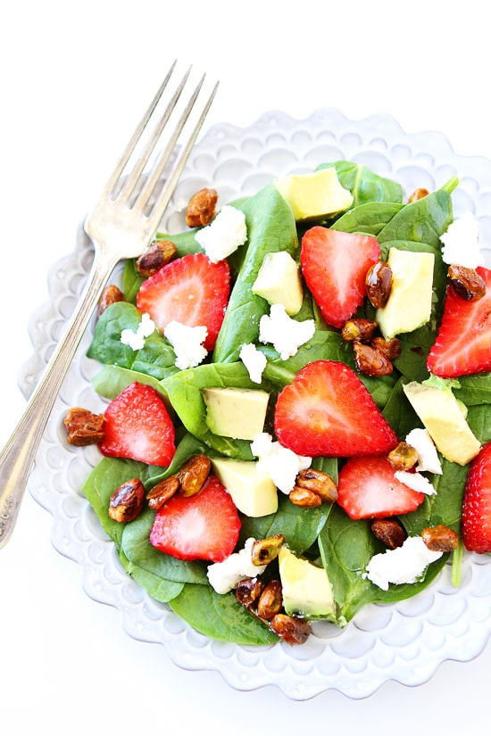 Strawberry-Spinach-Salad-with-Avocado,-Goat-Cheese,-and-Candied-Pistachios-8