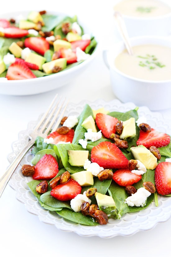 Strawberry-Spinach-Salad-with-Avocado,-Goat-Cheese,-and-Candied-Pistachios-9