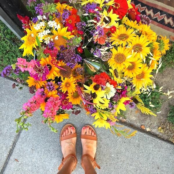 flowers-sandals