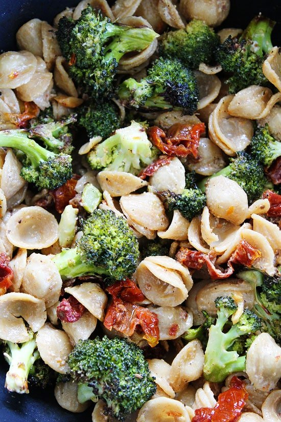Creamy Goat Cheese Pasta With Roasted Broccoli And Sun Dried Tomatoes Recipe