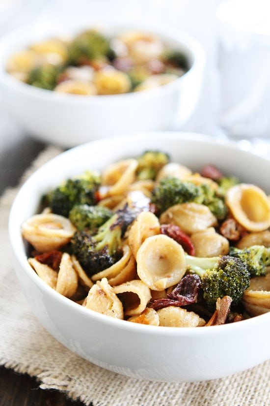Creamy Goat Cheese Pasta with Roasted Broccoli and Sun-Dried Tomatoes Recipe