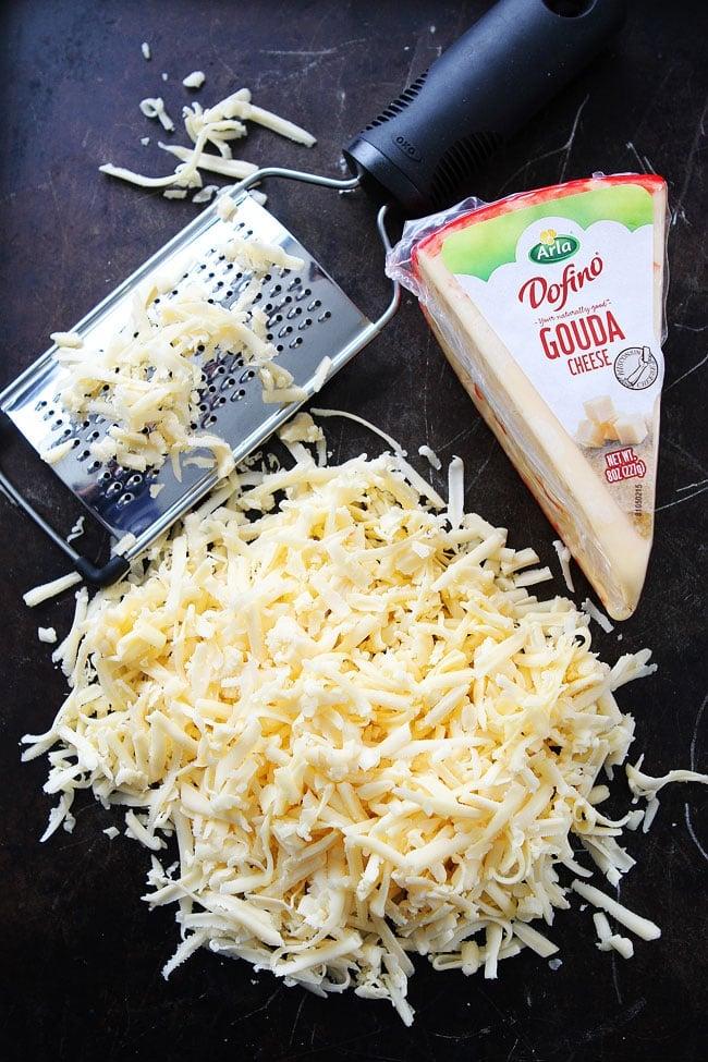 Cheesy Bacon Pull-Apart Bread Recipe