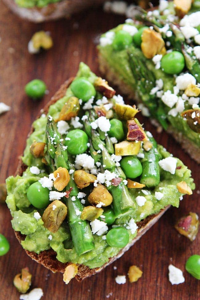 Avocado Asparagus Toast Recipe