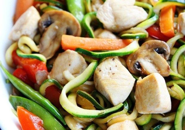 Easy En Zucchini Noodle Stir Fry