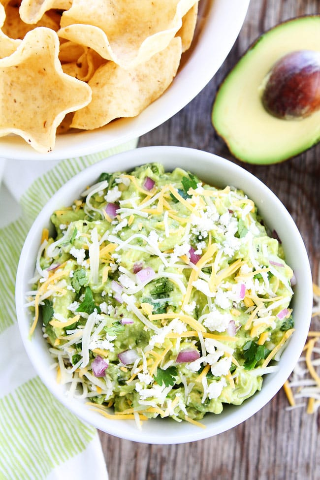 Cheesy-Guacamole-4