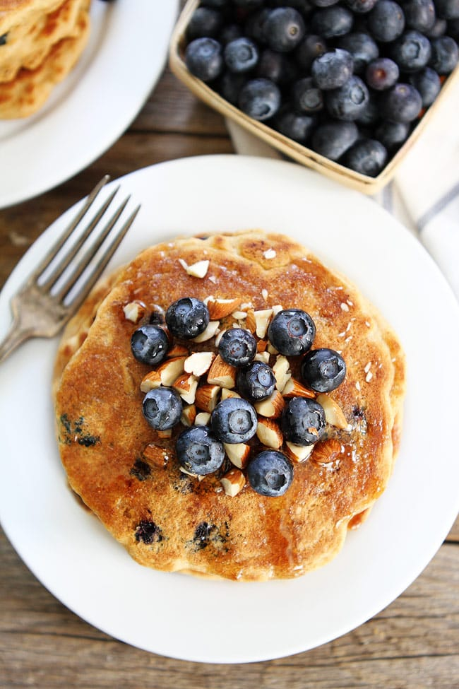 Blueberry-Almond-Pancakes-4