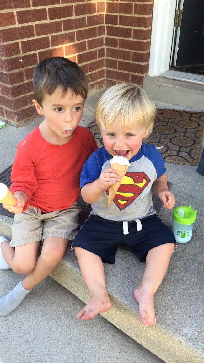 boys-ice-cream