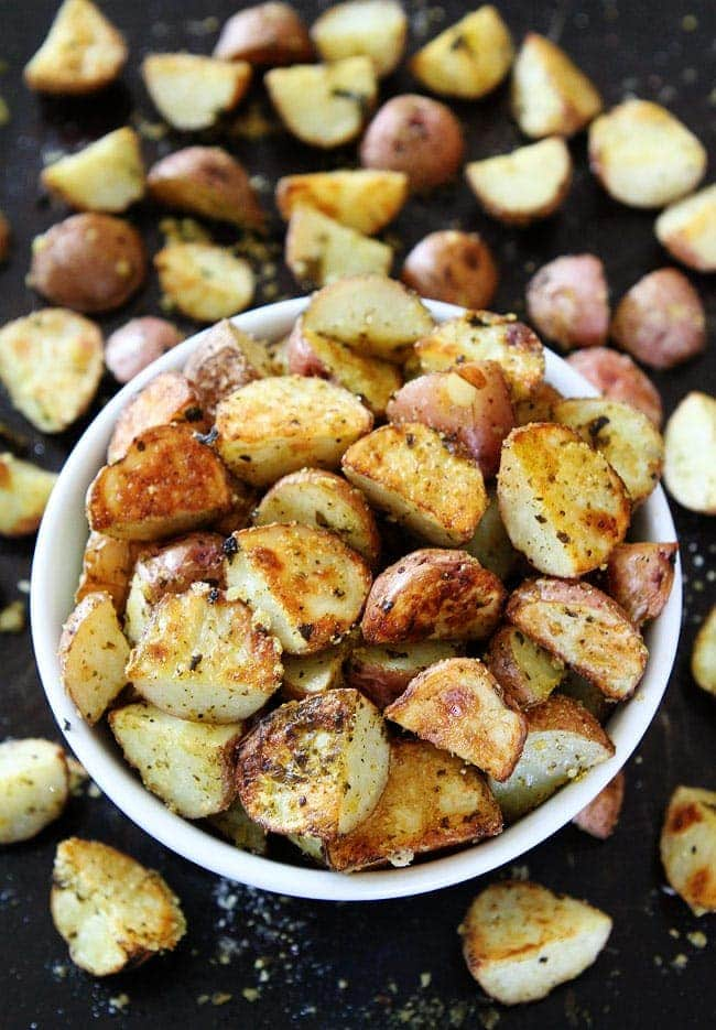 3-Ingredient Roasted Parmesan Pesto Potatoes Easy potato side dish that goes great with any meal!