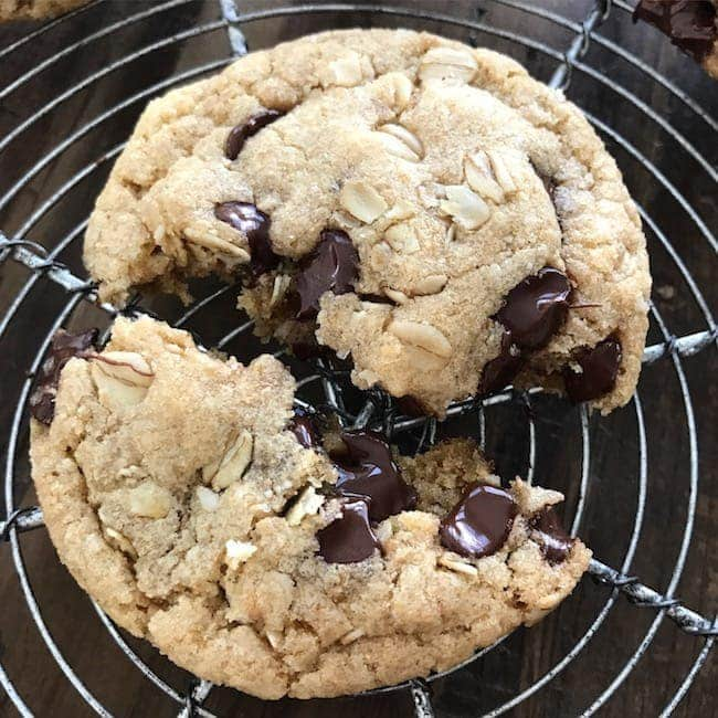 whole-wheat-chocolate-chip-cookies