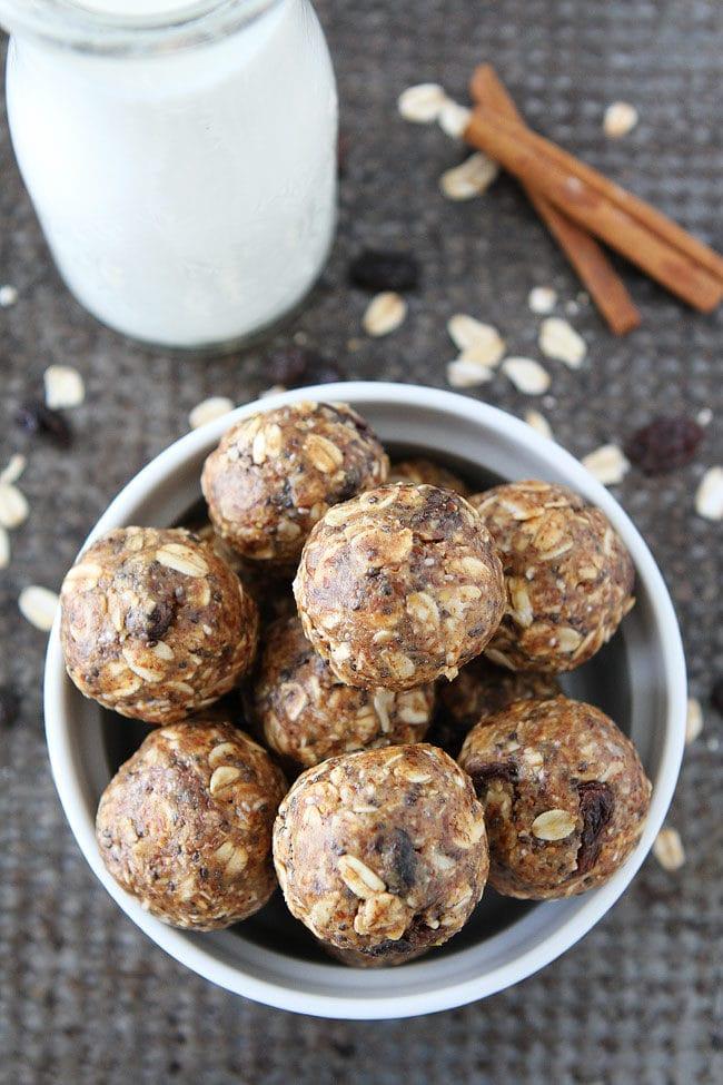 No-Bake Oatmeal Raisin Cookie Energy Bites Recipe