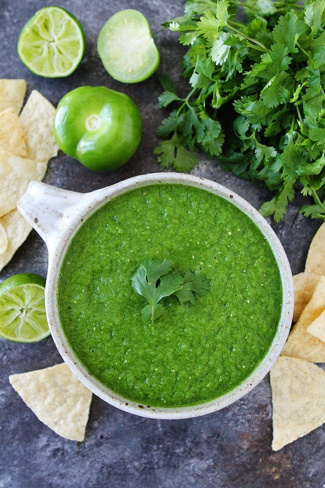 Tomatillo Salsa made in the blender with only 6 ingredients!