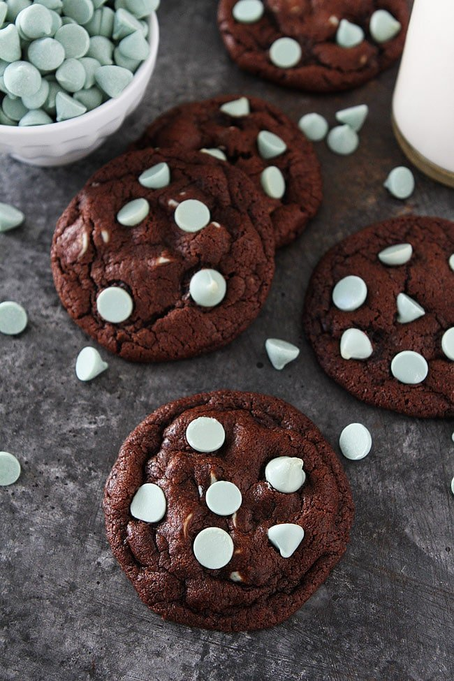 Chocolate Mint Chip Cookies are rich, fudgy chocolate cookies with refreshing mint chocolate chips! Everyone LOVES these cookies! #cookies #chocolate #mint #dessert #baking