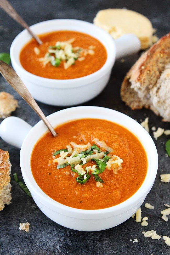 Easy Roasted Cauliflower Red Pepper Soup Recipe