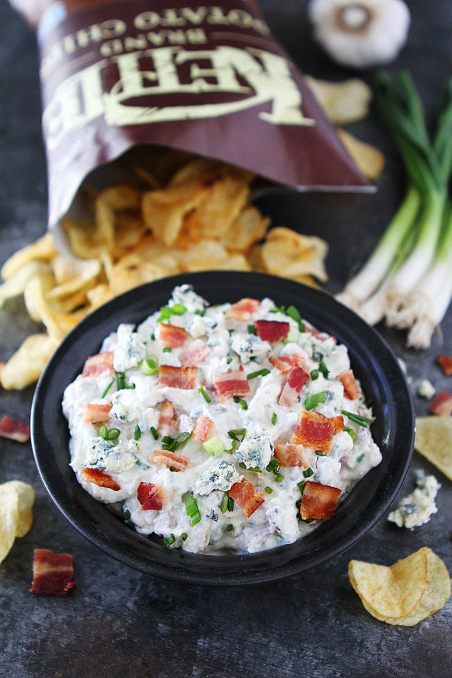 Easy Roasted Garlic Bacon Blue Cheese Dip
