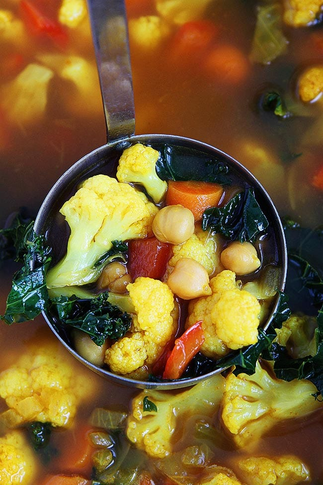 Healthy Turmeric Chickpea Vegetable Soup