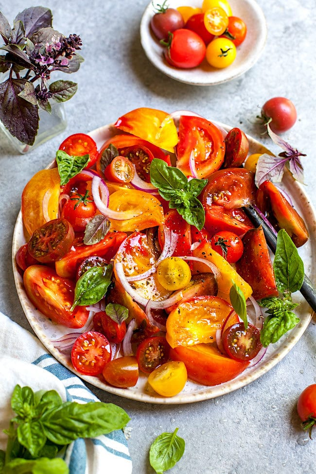 Easy Tomato Salad Recipe