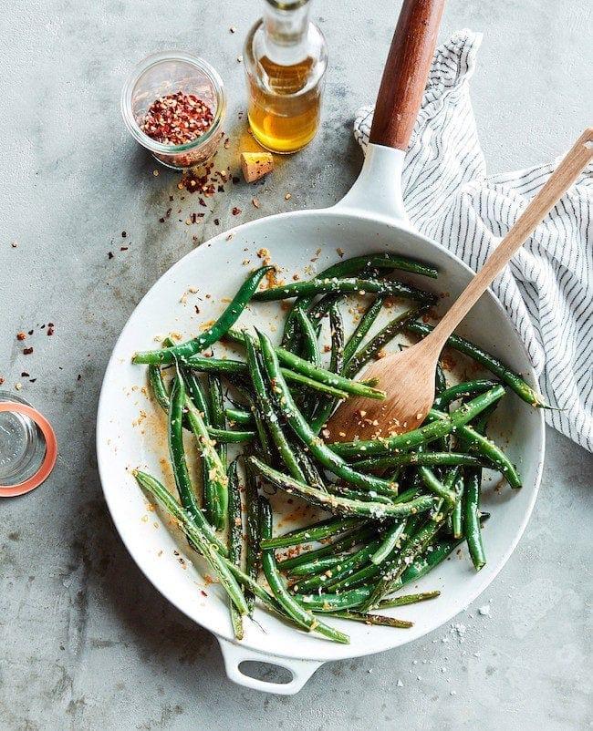 Simple Skillet Green Beans Recipe