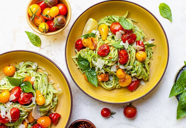 Creamy Avocado Pesto Pasta with Tomatoes