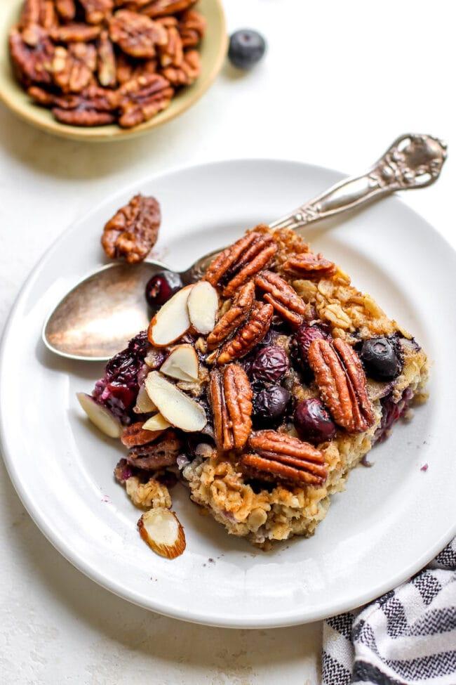 Easy Blueberry Maple Baked Oatmeal