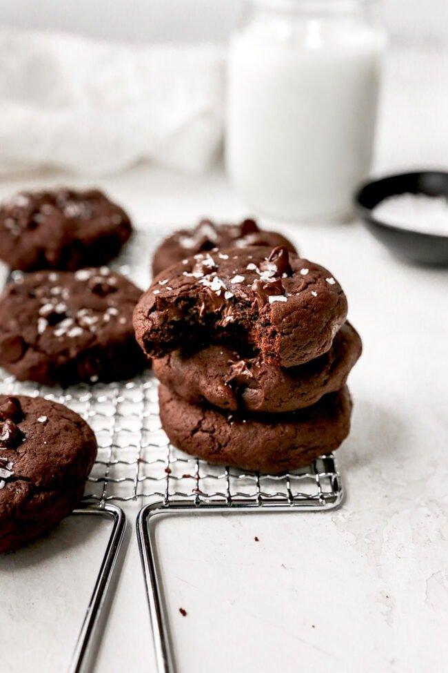 Easy Chocolate Banana Cookies