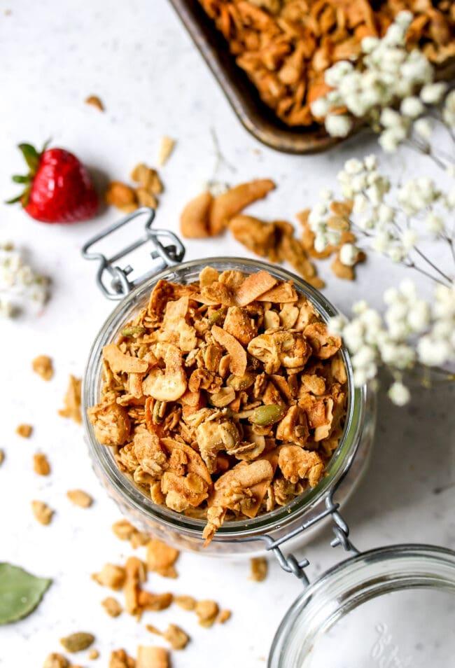 Cashew Coconut Granola