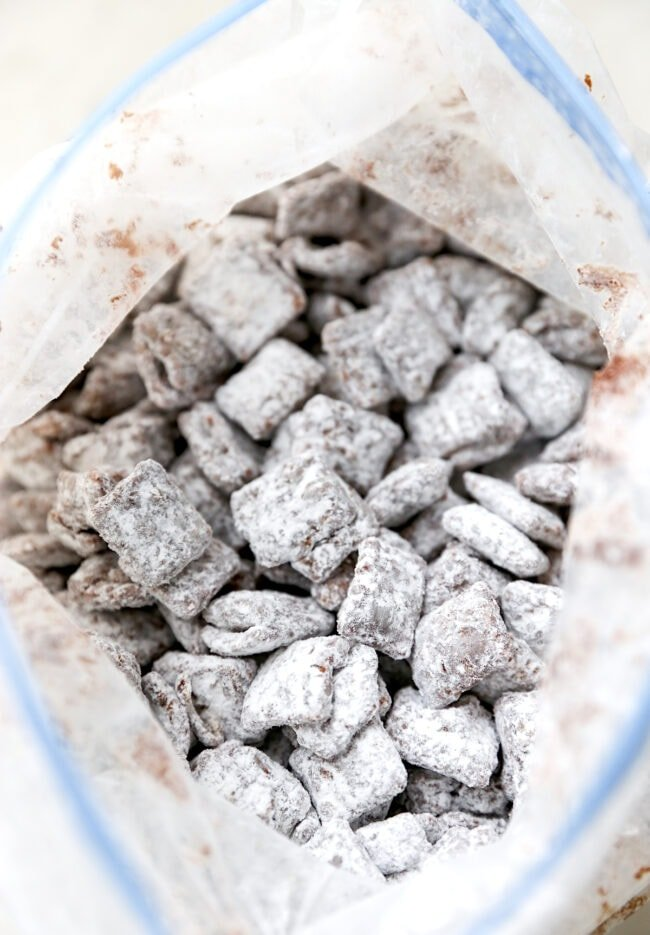 Easy S'mores Puppy Chow