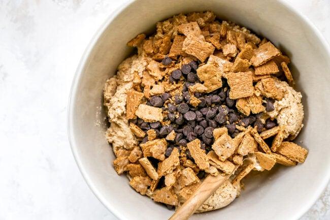 s'mores cookies ingredients in bowl