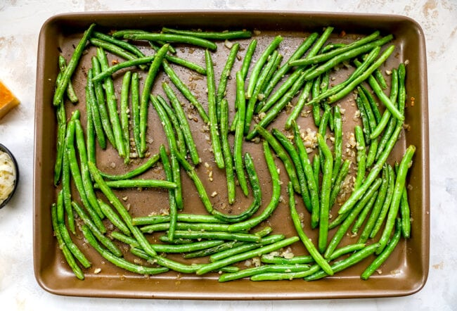 roasted green beans on sheet pan