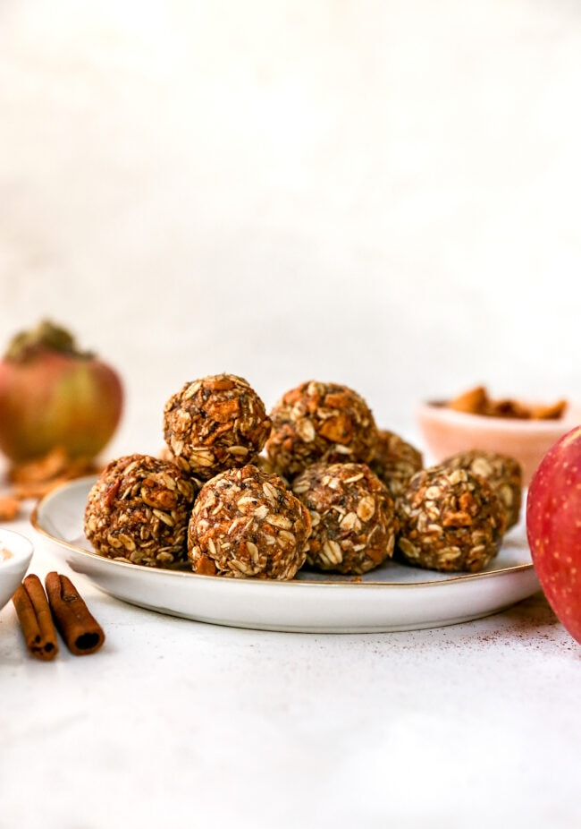 Easy Cinnamon Apple Energy Balls on plate
