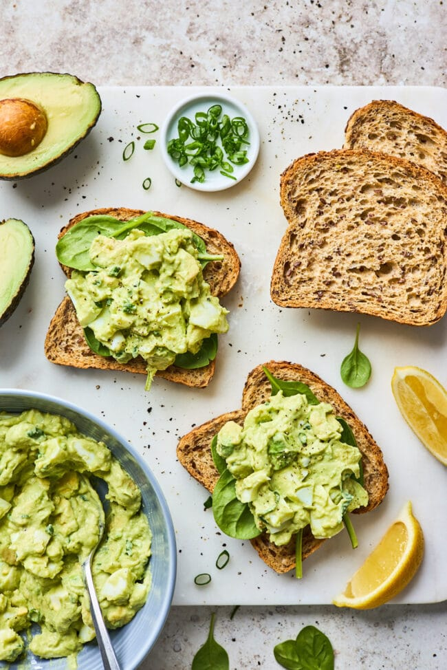how to make avocado egg salad