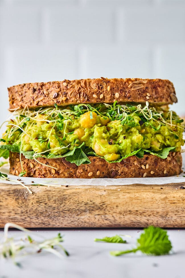 smashed chickpea sandwwich
