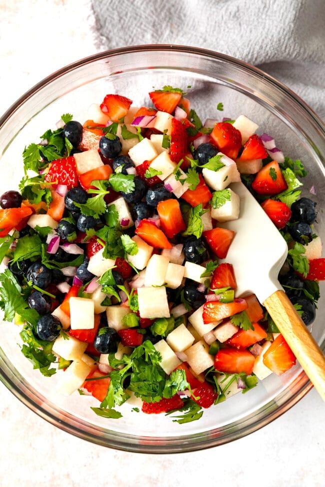 how to make blueberry strawberry jicama salsa