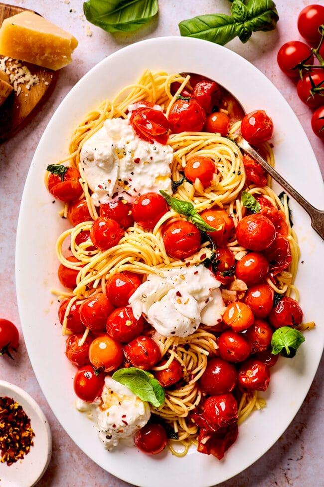 burst cherry tomato pasta with burrata